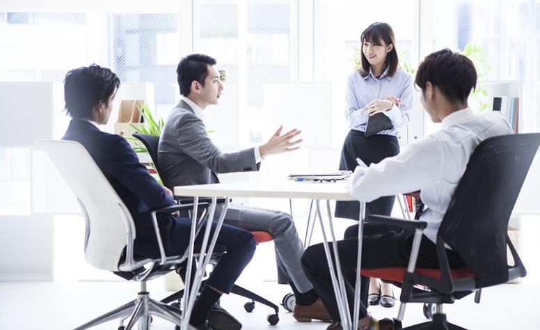 コミュニケーションとテーブルの形