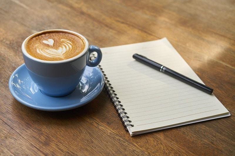 ビジネスマンとコーヒー